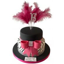 Sweet 16 Glamour Cake